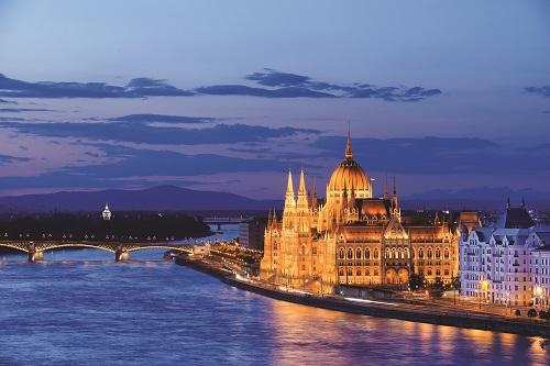 Days 1/2: Budapest